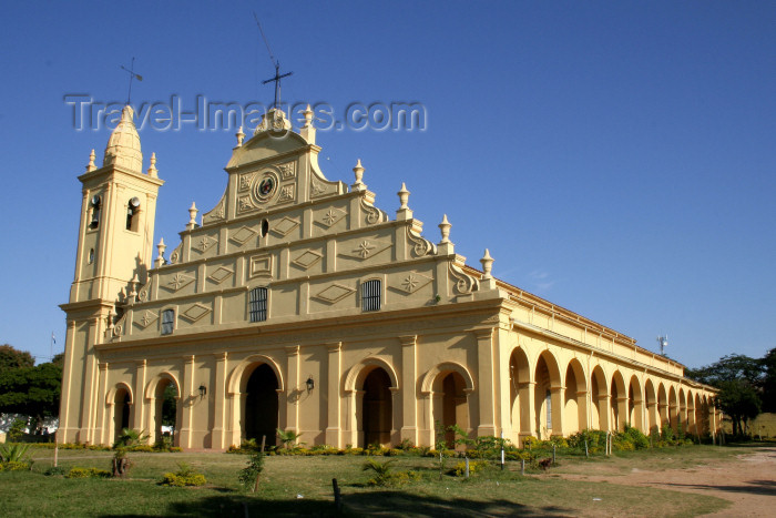 paraguay2: Paraguay - Asunción - Santisima Trinidad Church, built in 1854 - iglesia - Holy Trinity (photo by A.Chang) - (c) Travel-Images.com - Stock Photography agency - Image Bank