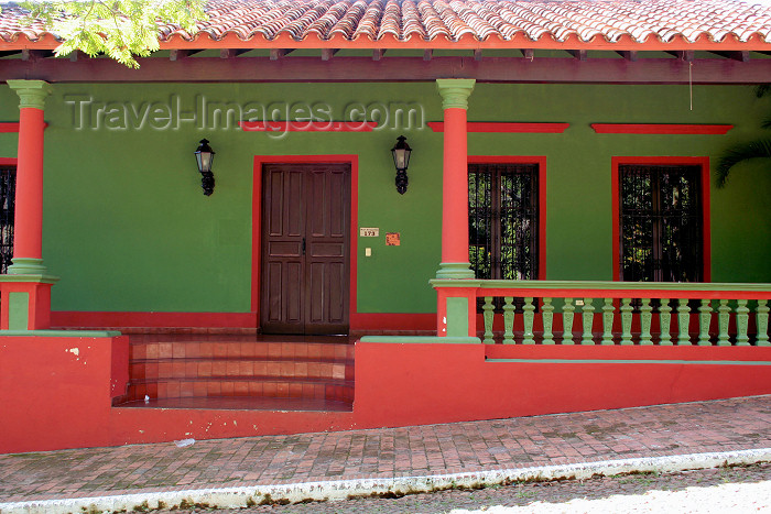 paraguay33: Paraguay - Aregua - Departamento Central: Colonial style house - photo by A.Chang - (c) Travel-Images.com - Stock Photography agency - Image Bank