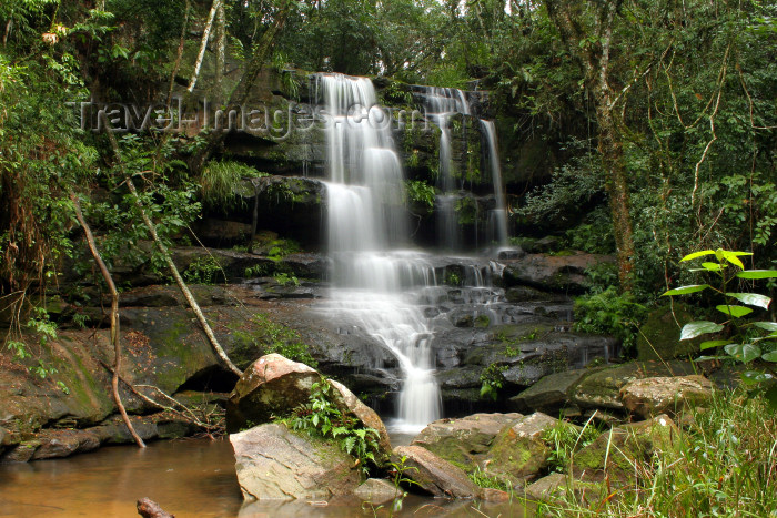 paraguay8: Paraguay - Ybycui National Park - Departamento de Paraguari: waterfall in steps - photo by A.M.Chang - (c) Travel-Images.com - Stock Photography agency - Image Bank