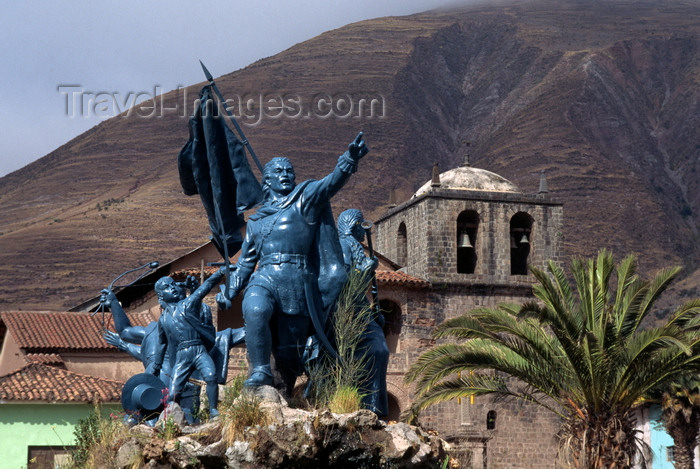 peru197: Urcos, Quispicanchi province, Cuzco region, Peru: monument to Tupac Amaru II and the rebels of the failed Indian uprising of 1781 - photo by C.Lovell - (c) Travel-Images.com - Stock Photography agency - Image Bank