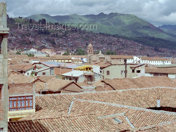 peru33: Cuzco, Peru: over the roofs - Spanish tiles - photo by M.Bergsma - (c) Travel-Images.com - Stock Photography agency - Image Bank