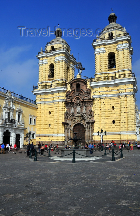 peru65: Lima, Peru: Basilica of San Francisco - part of a Franciscan monastery - corner of Ancash and Lampa streets - photo by M.Torres - (c) Travel-Images.com - Stock Photography agency - Image Bank