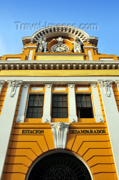peru69: Lima, Peru: façade of the old train station - Estación Desamparados - architect Rafael Marquina - jirón Ancash - photo by M.Torres - (c) Travel-Images.com - Stock Photography agency - Image Bank