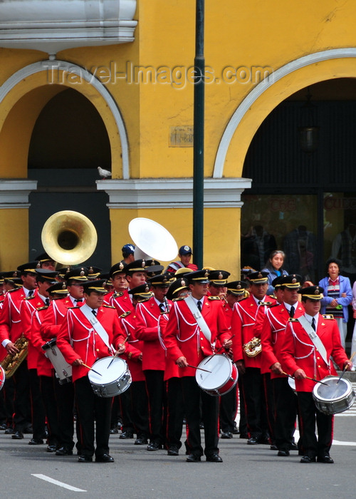 peru86: Lima, Peru: Peruvian National Police marching band in Plaza de Armas - change of the guard parade - photo by M.Torres - (c) Travel-Images.com - Stock Photography agency - Image Bank
