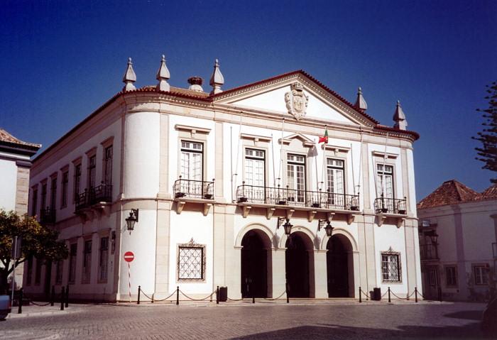 portugal-fa25: Portugal - Algarve - Faro: City Hall - Camara Municipal - Paços do Concelho - Rua de S.Pedro / Rua do Prior - Vila-Adentro - Rathaus - photo by M.Durruti - (c) Travel-Images.com - Stock Photography agency - Image Bank