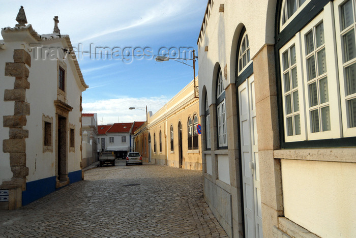 portugal-li329: Ericeira, Mafra, Portugal: approaching St Anthony chapel - junto à capela de Santo António -photo by M.Durruti - (c) Travel-Images.com - Stock Photography agency - Image Bank