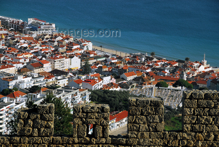 portugal-se171: Portugal - Sesimbra: the town as seen from the castle - a vila vista do castelo - photo by M.Durruti - (c) Travel-Images.com - Stock Photography agency - Image Bank