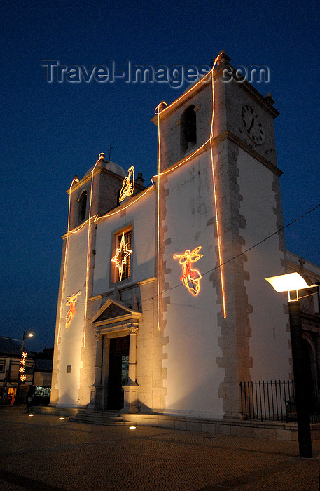 portugal-se187: Portugal - Montijo: church of the Holy Spirit - nocturnal / Igreja do Esp&#237;rito Santo, Matriz, Paroquial de Montijo - Pra&#231;a da Rep&#250;blica - photo by M.Durruti - (c) Travel-Images.com - Stock Photography agency - Image Bank