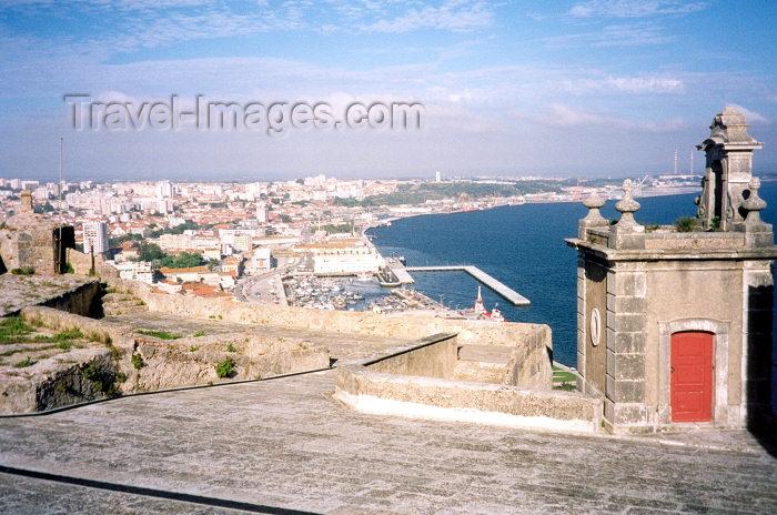 portugal-se51: Portugal - Setubal: the city and the bay from fort St Filipe / a cidade e a baía vista do forte de São Filipe - Pousadas de Portugal - photo by M.Durruti - (c) Travel-Images.com - Stock Photography agency - Image Bank