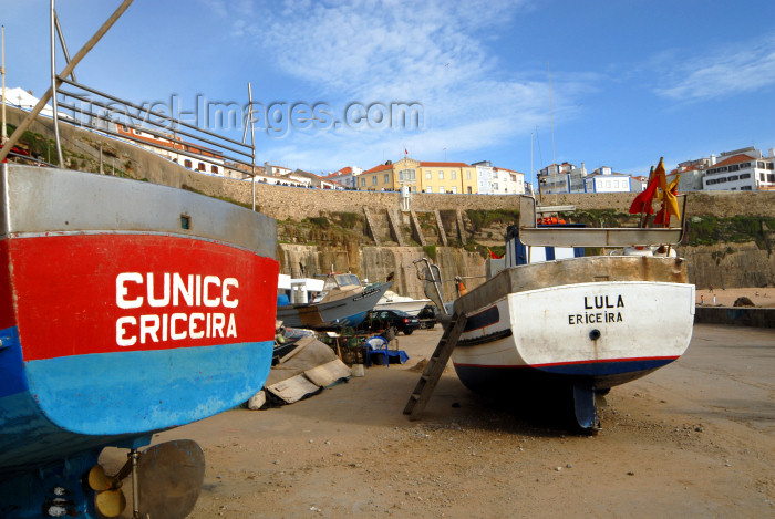portugal115: Ericeira, Mafra, Portugal: fishing harbour - porto de pesca photo by M.Durruti - (c) Travel-Images.com - Stock Photography agency - Image Bank