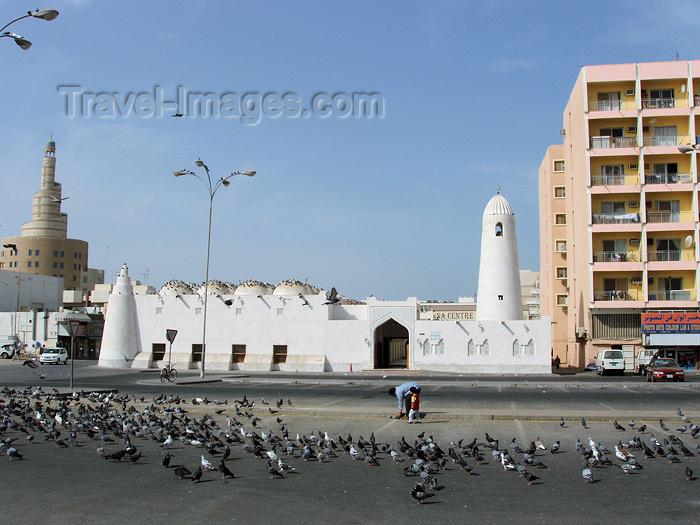 qatar18: Doha, Qatar: Al Qubib mosque, also known as the Qassim bin Muhammad al-Thani mosque, Ali bin Abdullah street  - photo by B.Cloutier - (c) Travel-Images.com - Stock Photography agency - Image Bank