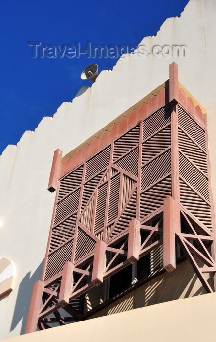 qatar21: Doha, Qatar: arabian enclosed wooden oriel window - Mashrabiya or Shanasheel - Jassim Al Thani mosque - photo by M.Torres - (c) Travel-Images.com - Stock Photography agency - Image Bank