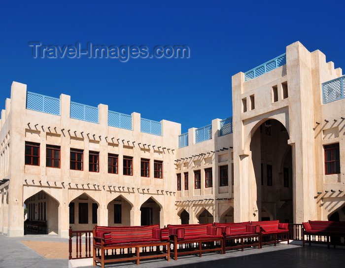 qatar28: Doha, Qatar: Souq Waqif - located south of the Corniche, off Grand Hamed St, is a showpiece of traditional architecture, handicrafts and folk art, and was once a weekend trading area for the Bedouins - photo by M.Torres - (c) Travel-Images.com - Stock Photography agency - Image Bank