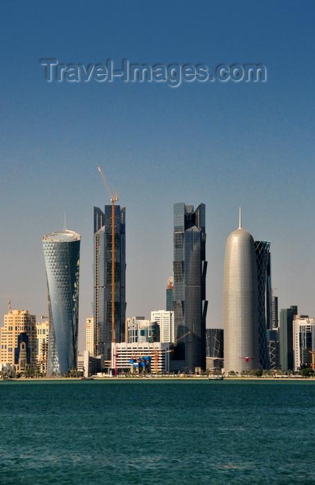 qatar54: Doha, Qatar: skyscrapers on Doha bay - Al Bidda Tower, Palm Towers, Burj Qatar, Tornado Tower,  West Bay skyline, Al Corniche - photo by M.Torres - (c) Travel-Images.com - Stock Photography agency - Image Bank