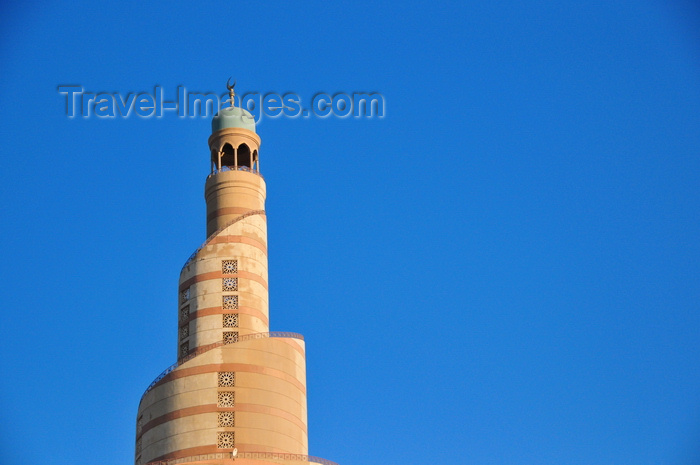 qatar85: Doha, Qatar: Qatar Islamic Cultural Center, FANAR, meaning 'lighthouse' - spiral minaret, evoking Samarra's Malwiya Tower - photo by M.Torres - (c) Travel-Images.com - Stock Photography agency - Image Bank