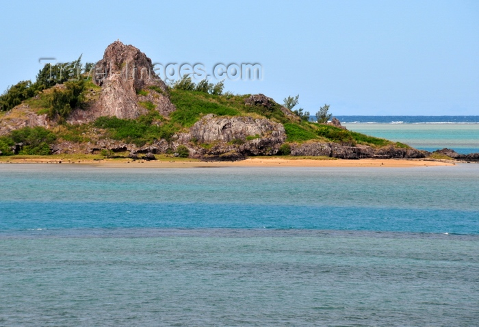 rodrigues17: Hermitage Island, Rodrigues island, Mauritius: a rocky outcrop in a coral reef lagoon, famous for pirate legends - photo by M.Torres - (c) Travel-Images.com - Stock Photography agency - Image Bank