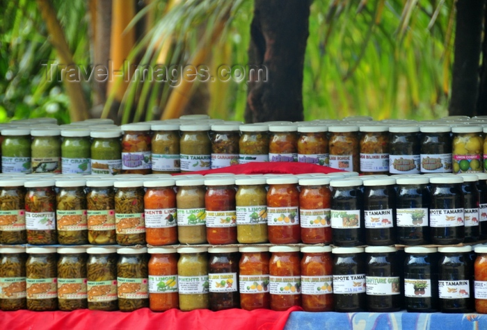 rodrigues33: Trèfles, Rodrigues island, Mauritius: jars of local jams and preserves for sale at a road side stall - photo by M.Torres - (c) Travel-Images.com - Stock Photography agency - Image Bank