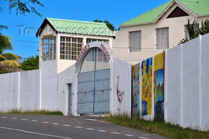 rodrigues66: Pointe La Gueule, Rodrigues island, Mauritius: Rodrigues prison - wall with mural paintings - photo by M.Torres - (c) Travel-Images.com - Stock Photography agency - Image Bank
