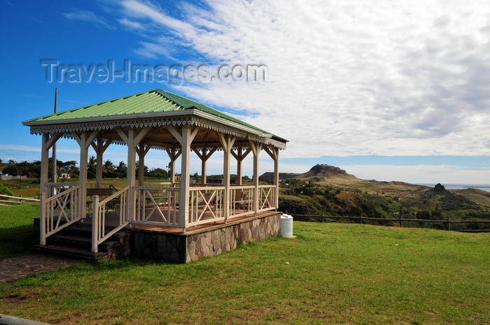 rodrigues71: Viewpoint Pistache, Rodrigues island, Mauritius: gazeebo and landscape - photo by M.Torres - (c) Travel-Images.com - Stock Photography agency - Image Bank