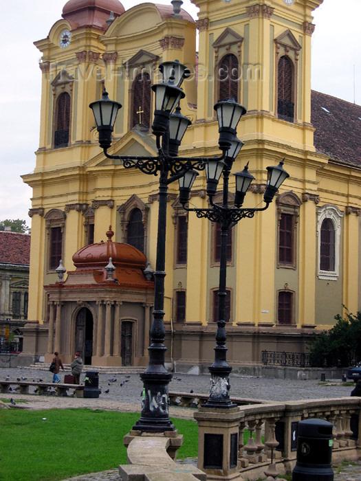 romania48: Romania - Timisoara: Unirii square - Catholic Cathedral - the Dome - Biserica Romano-Catolica din Timisoara - photo by *ve - (c) Travel-Images.com - Stock Photography agency - Image Bank