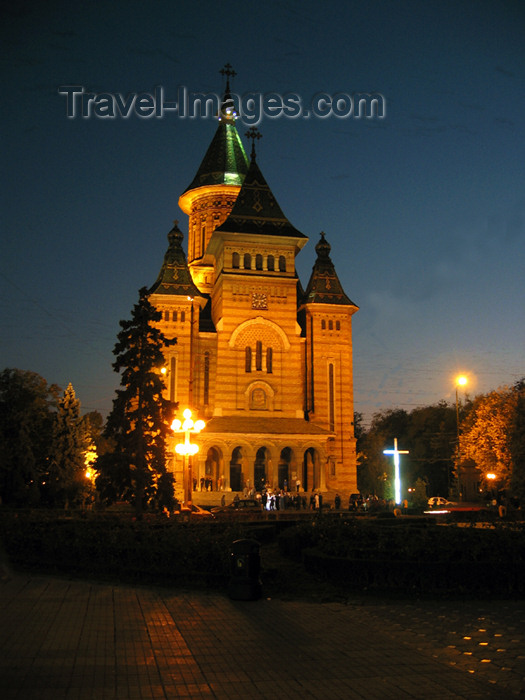 romania64: Romania - Timisoara: Orthodox cathedral - nocturnal - photo by *ve - (c) Travel-Images.com - Stock Photography agency - Image Bank
