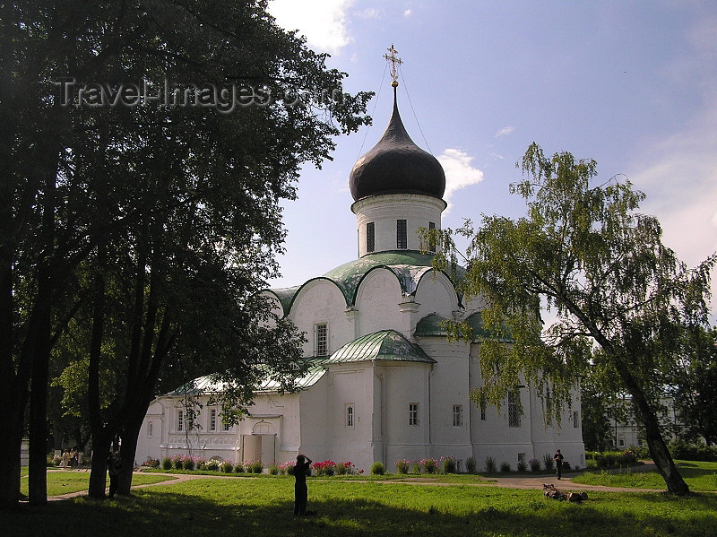 russia492: Russia - Alexandrov - Vladimir oblast: Trinity Cathedral - 16th century - photo by J.Kaman - (c) Travel-Images.com - Stock Photography agency - Image Bank