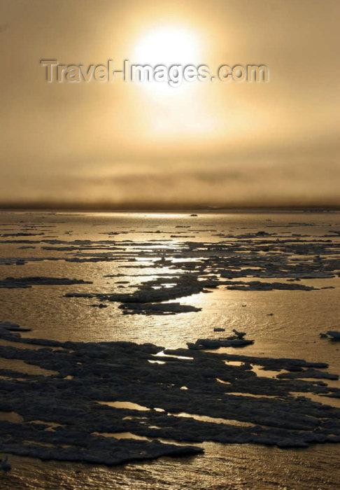 russia737: Russia - Wrangel Island / ostrov Vrangelya (Chukotka AOk): sunset - Chukchi Sea (photo by R.Eime) - (c) Travel-Images.com - Stock Photography agency - Image Bank