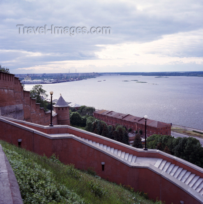 russia770: Nizhny Novgorod (former Gorky), Russia: view over the kremlin wall and steps down to Volga River - harbour and the confluence of Oka and Volga Rivers (Strelka) - photo by A.Harries - (c) Travel-Images.com - Stock Photography agency - Image Bank