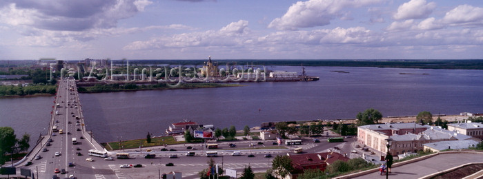 russia771: Nizhny Novgorod, Russia: view to Kanavinsky Bridge spanning the Oka river - Harbour, New Fair Cathedral (Aleksandr Nevsky Cathedral), confluence of Oka and Volga (Strelka) - photo by A.Harries - (c) Travel-Images.com - Stock Photography agency - Image Bank