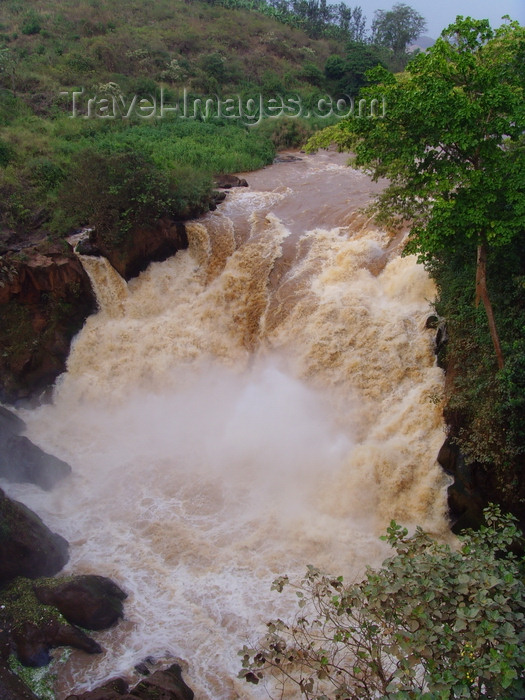 rwanda1: Rusumo falls, Rwanda: border of Rwanda and Tanzania - photo by T.Trenchard - (c) Travel-Images.com - Stock Photography agency - Image Bank