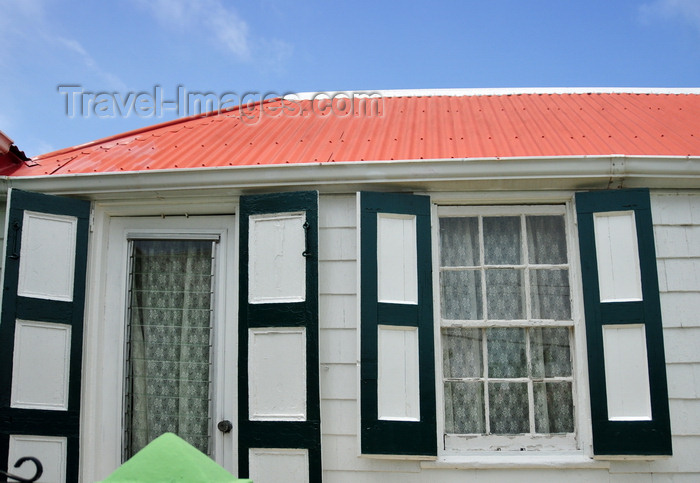 saba27: Windwardside, Saba: creole cottage with green shutters and traditional curtains - photo by M.Torres - (c) Travel-Images.com - Stock Photography agency - Image Bank