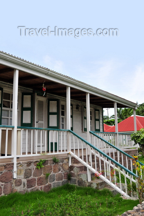 saba70: Windwardside, Saba: Meadow View Cottage, built in 1900 - Caribbean porch - photo by M.Torres - (c) Travel-Images.com - Stock Photography agency - Image Bank