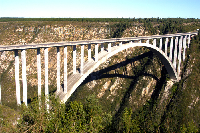 South Africa - Bloukrans River Bridge Bungee site, Plettenberg Bay - bungy - bungie  (photo by B.Cain)