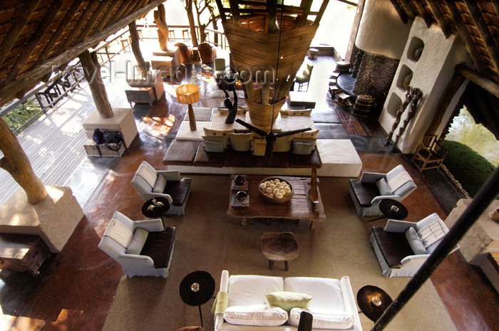 safrica178: South Africa - South Africa Singita Game Reserve lodge main lounge - photo by B.Cain - (c) Travel-Images.com - Stock Photography agency - Image Bank