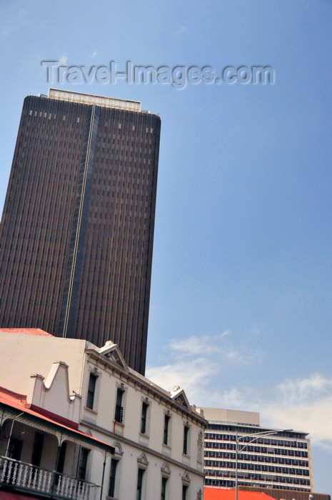 safrica229: Johannesburg, Gauteng, South Africa: Southern Life Centre - Commissioner St, seen with colonial façades of Diagonal St - architects Monty Sack Nurcombe Summerley Ringrose and Partners  - photo by M.Torres - (c) Travel-Images.com - Stock Photography agency - Image Bank