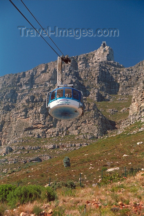 safrica73: South Africa - Cape Town: the Cable car takes visitors to the summit of Table mountain - photo by R.Eime - (c) Travel-Images.com - Stock Photography agency - Image Bank