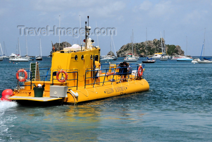 saint-barthelemy34: Gustavia, St. Barts / Saint-Barthélemy: the Yellow Submarine sets sail to the Marine Park of Saint Barth - semi-submersible tour ship - Les Gros Islets in the background - photo by M.Torres - (c) Travel-Images.com - Stock Photography agency - Image Bank