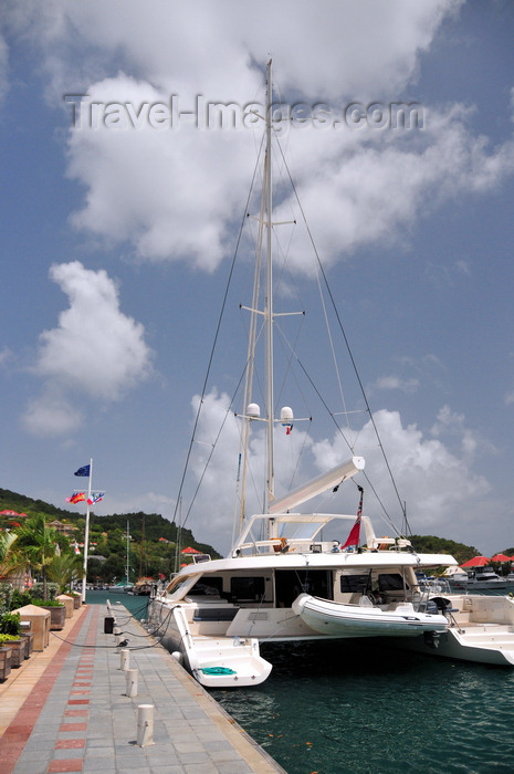 saint-barthelemy46: Gustavia, St. Barts / Saint-Barthélemy: aft view of the charter catamaran Akasha - based in the BVIs - photo by M.Torres - (c) Travel-Images.com - Stock Photography agency - Image Bank