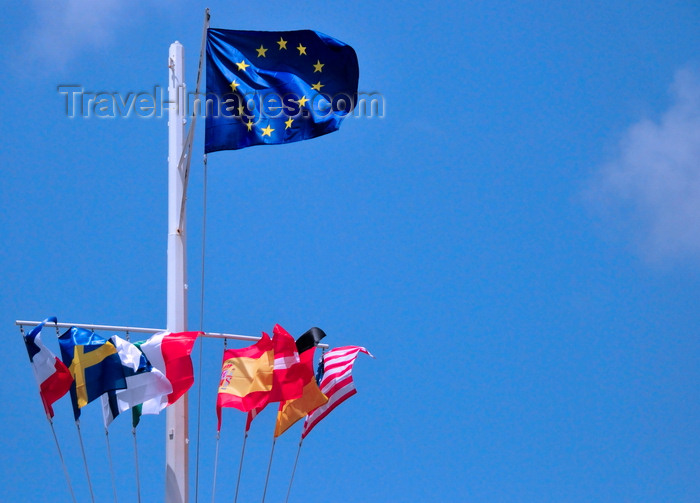 saint-barthelemy47: Gustavia, St. Barts / Saint-Barthélemy: Flag of Europe and courtesy flags in the harbour - photo by M.Torres - (c) Travel-Images.com - Stock Photography agency - Image Bank