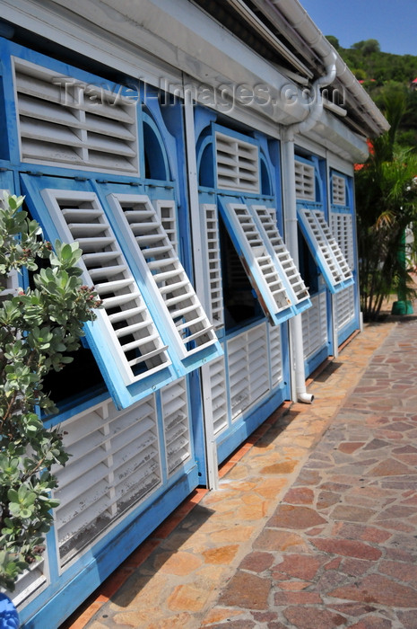 saint-barthelemy52: Gustavia, St. Barts / Saint-Barthélemy: slatted shutters at La Route des Boucaniers Creole restaurant - Rue de Bord de Mer - photo by M.Torres - (c) Travel-Images.com - Stock Photography agency - Image Bank
