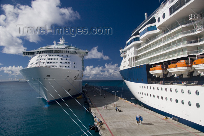 saint-martin46: Sint-Maarten / St Martin - SXM - Dutch West Indies - Pointe Blanche: cruise ships - photo by D.Smith - (c) Travel-Images.com - Stock Photography agency - Image Bank