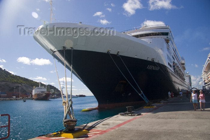 saint-martin5: Sint-Maarten / St. Martin - Dutch West Indies - Pointe Blanche: cruise ship prow - photo by D.Smith - (c) Travel-Images.com - Stock Photography agency - Image Bank