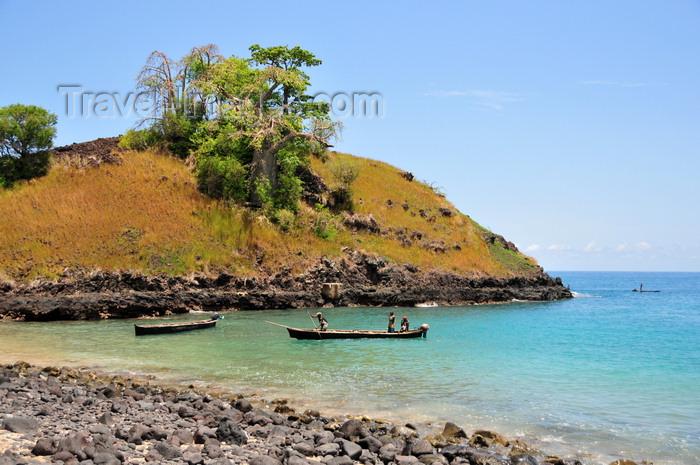 sao-tome161: Lagoa Azul, Lobata district, São Tomé and Príncipe / STP: quiet cove / enseada tranquila - photo by M.Torres - (c) Travel-Images.com - Stock Photography agency - Image Bank