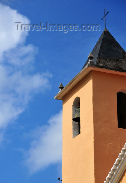 sao-tome170: Santo Amaro, Lobata district, São Tomé and Príncipe / STP: church tower / torre da igreja - photo by M.Torres - (c) Travel-Images.com - Stock Photography agency - Image Bank