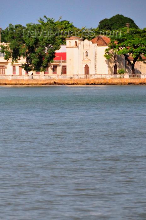 sao-tome277: São Tomé, São Tomé and Príncipe / STP: Bom Jesus church / igreja do Bom Jesus - Avenida Marginal - photo by M.Torres - (c) Travel-Images.com - Stock Photography agency - Image Bank