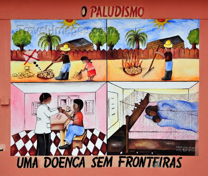 sao-tome299: São Tomé, São Tomé and Príncipe / STP: Malaria prevention campaign - mural at the National Lyceum / campanha de prevenção do Paludismo - mural no Liceu Nacional, ex-Escola Técnica Silva Cunha - photo by M.Torres - (c) Travel-Images.com - Stock Photography agency - Image Bank