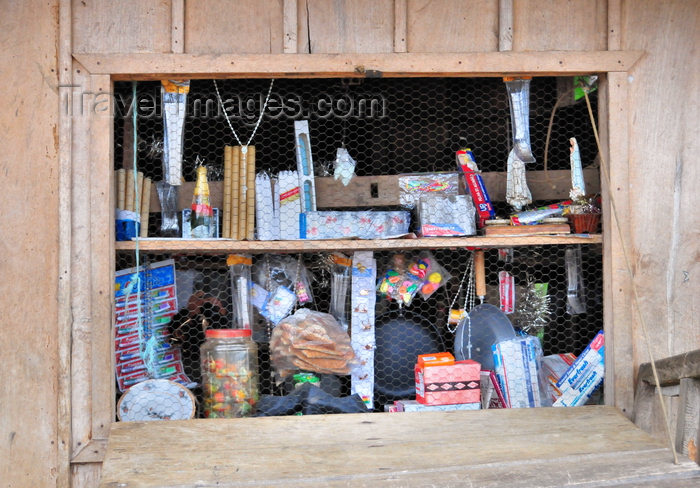 sao-tome50: Trindade, Mé-Zóchi district, São Tomé and Príncipe / STP: general store in a wooden hut / 'supermercado' numa barraca de madeira - photo by M.Torres - (c) Travel-Images.com - Stock Photography agency - Image Bank