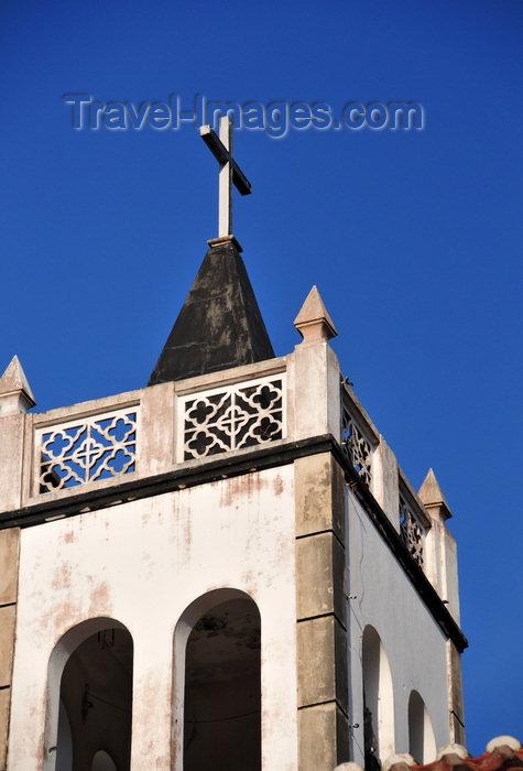 sao-tome66: Trindade, Mé-Zóchi district, São Tomé and Príncipe / STP: main church - bell tower / igreja matriz - torre sineira - photo by M.Torres - (c) Travel-Images.com - Stock Photography agency - Image Bank