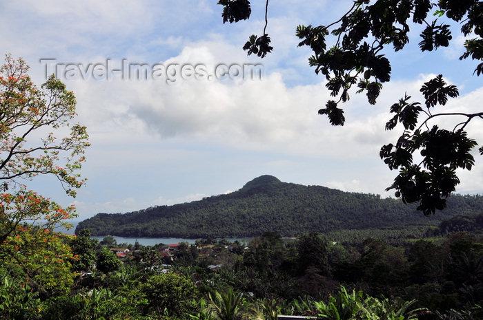 sao-tome87: São João plantation / roça São João, Caué district, São Tomé and Prícipe / STP: view of Mussandá promontory - forest of the west coast / Ponta Mussandá - photo by M.Torres - (c) Travel-Images.com - Stock Photography agency - Image Bank