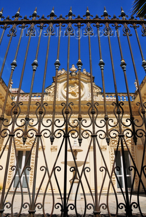 sardinia198: Sassari / Tàthari , Sassari province, Sardinia / Sardegna / Sardigna: Palazzo Cugurra - railing on via Roma - photo by M.Torres - (c) Travel-Images.com - Stock Photography agency - Image Bank
